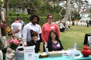 Montecito Bank & Trust Volunteers